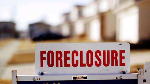 Foreclosures sign in Atlanta